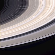 saturn-ice-rings